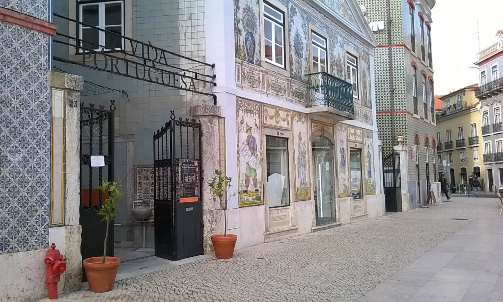 A Vida Portuguesa - authentic souvenirs